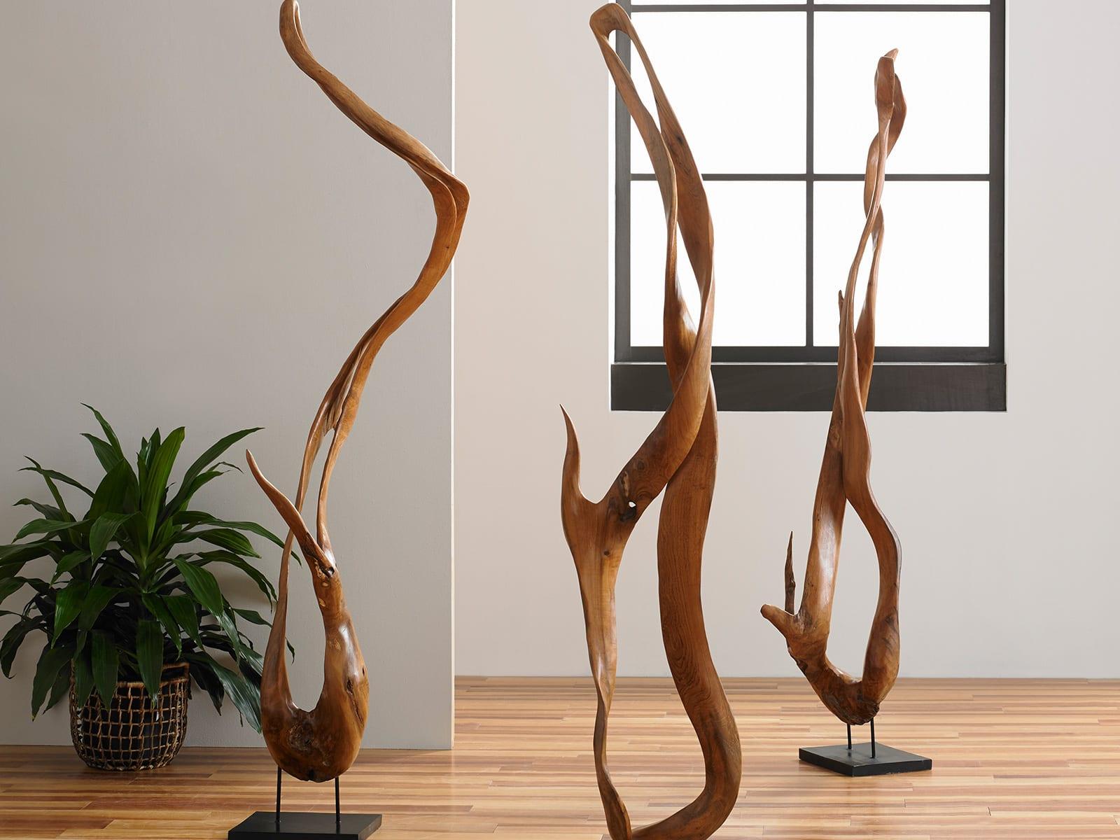 Mahoni Roots